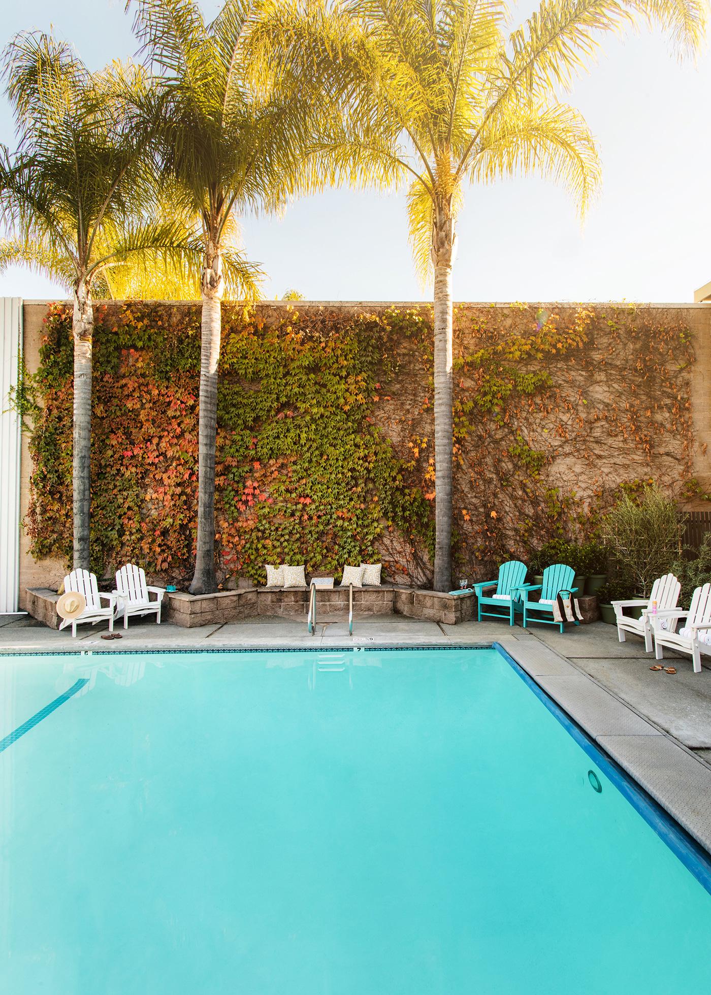 pool-view